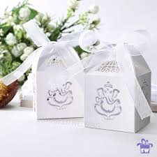 Traditional Indian Wedding Favors Indian Favour Gift Boxes With Ribbon Sanji Wedding Reception