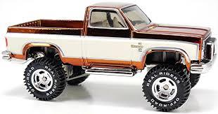 Classic Chevy Trucks Lifted - on the loose u2013 u002783 chevy silverado 4x4 wheels newsletter