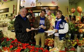 thanksgiving drive grocery shopping nov 26 2014 jesuit high
