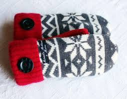 sweater mittens 509 best sweater mittens images on knitted gloves