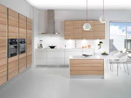 cuisine en bois blanc cuisine bois blanc collection avec id cuisine blanche et inox images