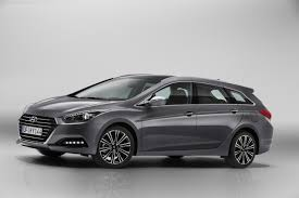 hyundai reveals second gen i40 refreshed i30 and three door i20 coupe