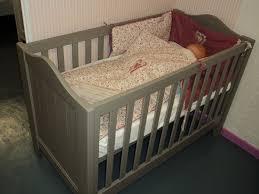 chambre bébé promo promo lit bébé évolutif bois massif tilleul lisb mathy by bols taupe