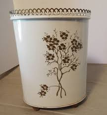 Bedroom Wastebasket Trash Can Waste Basket Metal Bathroom Vintage 1950 U0027s Ransburg