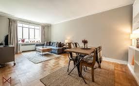 livingroom nyc nyc chelsea coop 1 2 m maximilianimaging