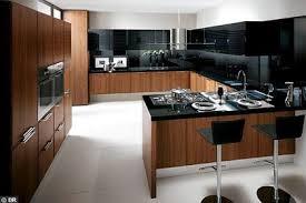 cuisine ilot central cuisson ilot central avec evier et plaque de cuisson cuisine en image