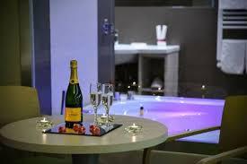 hotel con vasca idromassaggio in varcaturo hotel marcantonio marina di varcaturo cania italia hotel con