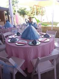 Centerpieces Birthday Tables Ideas by Best 25 Cinderella Centerpiece Ideas On Pinterest Cinderella