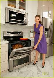 Kim Zolciak Kitchen by Jennifer Garner Frigidaire Launch With Suzanne Goin Photo