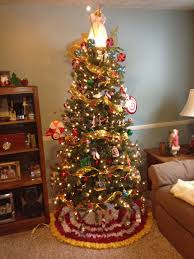 Wizard Of Oz Christmas Decorations Wizard Of Oz Tree I Have That Same Tree Topper And Some Of The
