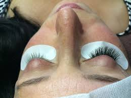 avoid these bad habits for longer lasting eyelash extensions