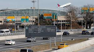laguardia airport offering free bus service for presidents day