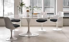 saarinen dining chairs saarinen executive chair with wood leg