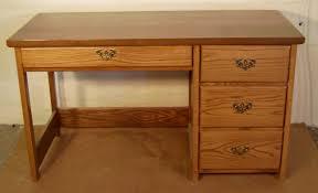 Small Oak Desk With Drawers by Desks U0027r U0027 Us