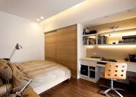 bureau pour chambre adulte chambre adulte avec armoire encastrée et bureau maison bureau