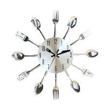 pendule cuisine pendule de cuisine design horloge murale ronde en mtal blanc dcm