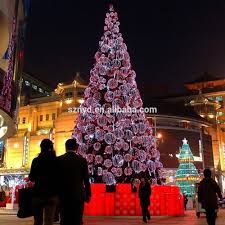 Outdoor Lighted Christmas Decorations by Outdoor Giant Led Christmas Tree Outdoor Lighted Christmas Cone