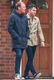 antony cottons hair transplant bruno langley back on coronation street set as he films todd