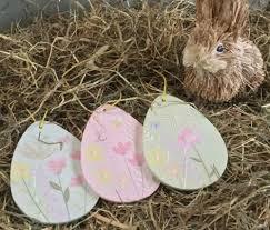 hoppy hollow easter hoppy hollow 2003 ceramic easter happy easter easter egg