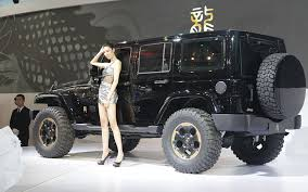 girls jeep wrangler unleash the dragon jeep wrangler dragon concept debuts in beijing