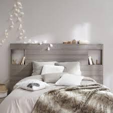 chambre blanche chambre blanc et taupe gris taate lit en bois decoration blanche