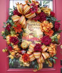 Outdoor Fall Decorating Ideas by Decoration Ideas Dried Leaves With Small Squash For Front Porch
