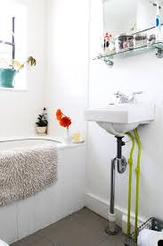 how to clean an old porcelain enamel bathtub or sink apartment