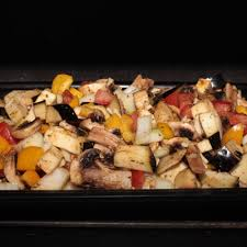 cuisiner des aubergines au four recette cuisses de poulet au four simplement cuisine