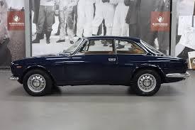 classic alfa romeo alfa romeo gt 1300 junior alfa romeo pinterest auto alfa