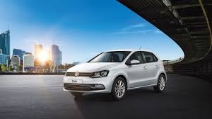 volkswagen polo 2016 interior overview of the volkswagen polo volkswagen india
