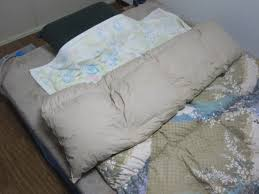 What Do You Put Inside A Duvet Japanese Sleep Experts Say We U0027ve Been Using Our Blankets Wrong