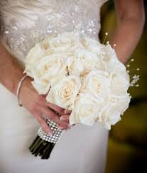 bridal bouquets 24 white roses bridal bouquet