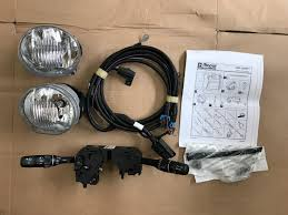 2002 jeep liberty fog lights new oem 2002 2003 2004 jeep liberty fog light kit genuine mopar
