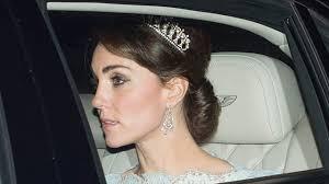 kate middleton dazzles at diplomatic reception in princess diana u0027s