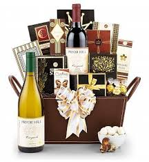 Wine And Cheese Basket Best 25 Wine Baskets Ideas On Pinterest Wine Gift Baskets