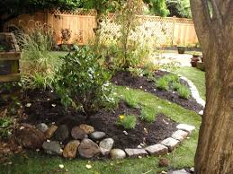 front yard garden layout four landscaping ideas for a front yard4