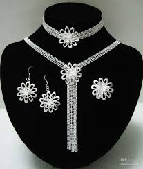 2018 wholesale fashion silver flower jewelry set for woman silver