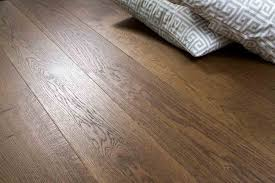 Easy Clic Laminate Flooring Trade Choice Easy Click Loc Engineered Smoked And Fumed Oak 14 3mm