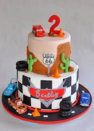 cars birthday cake best 25 mcqueen cake ideas on lightning mcqueen cake