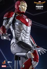 halloween iron man costume our best look yet at iron man u0027s new suit from spider man homecoming