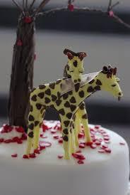 giraffe cake topper wedding cake with giraffe cake topper delivered to whipsnade zoo