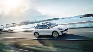 Porsche Cayenne Hybrid - porsche cayenne s e hybrid plug in hybrid car review at whatauto