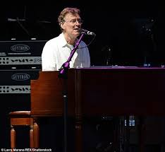 Blind Faith Album Steve Winwood Calls The Tunes In A Live Spectacular Daily Mail