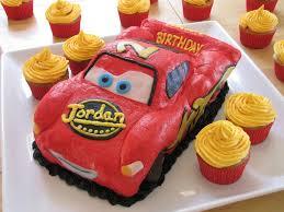 lightning mcqueen cakes lightning mcqueen birthday cake