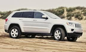 recall on 2011 jeep grand fiat chrysler recalls 412 000 jeep and dodge suvs for fires