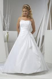 White Wedding Dresses One Stop Wedding Strapless White Wedding Dresses