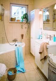beige badezimmer 33 ideen für kleine badezimmer tipps zur farbgestaltung
