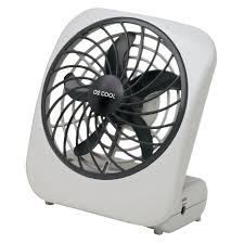 battery operated fan with timer o2 cool personal fan 6 9 in h x 3 9 in w x 5 in dia 2 speed