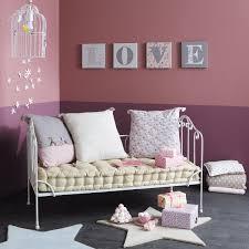 banquette de chambre chambre d enfant le lit à barreaux industriel aventure déco