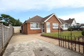 3 bedroom bungalow in christchurch u2013 estate agents mudeford